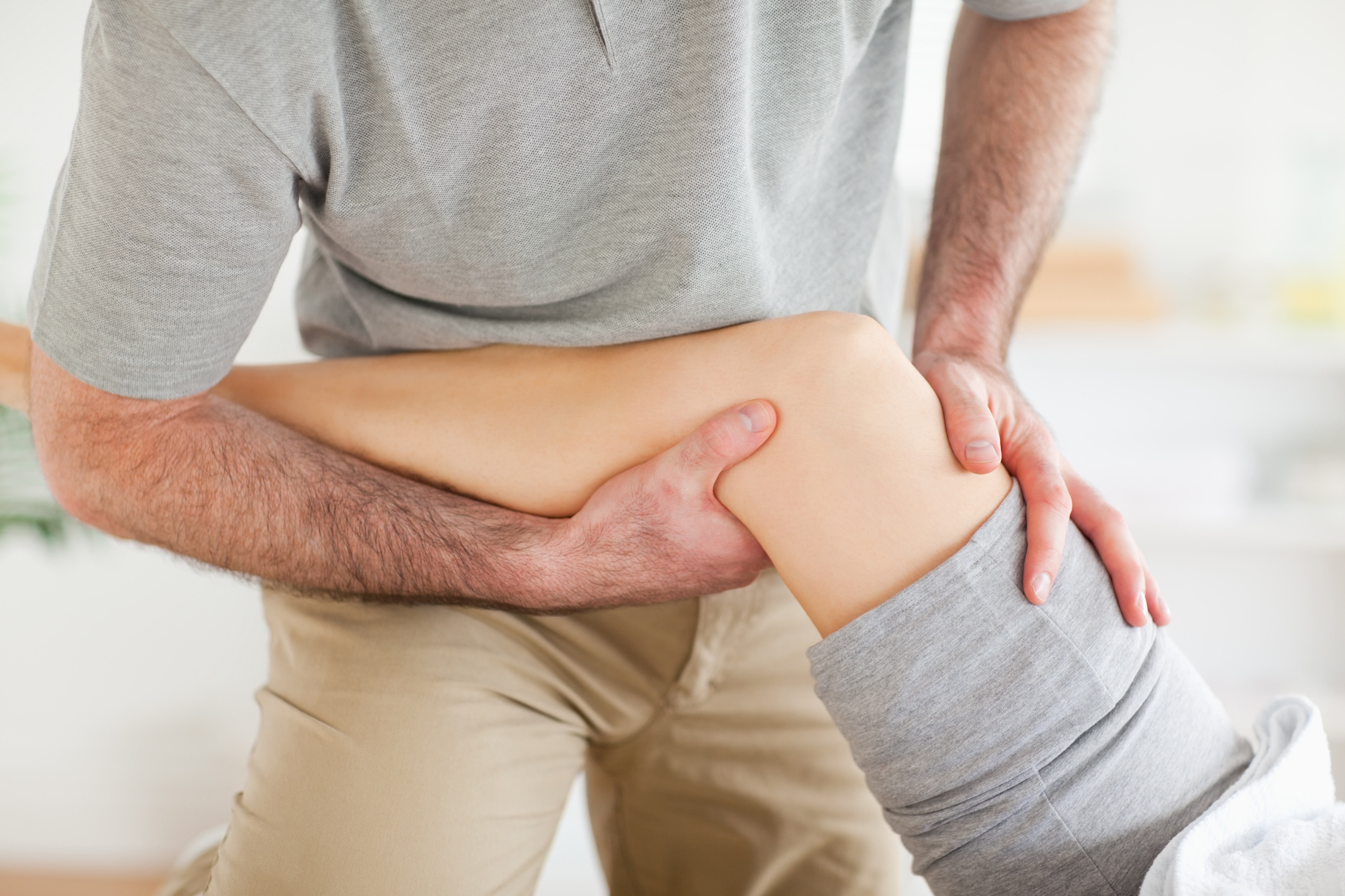 4 Reasons Physical Therapy Should be Your First Choice When Treating Pain.